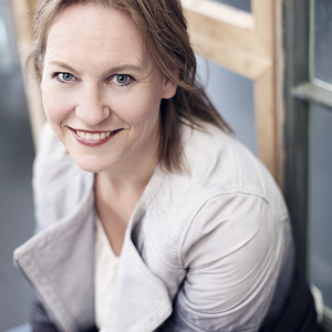 Irene Smit headshot