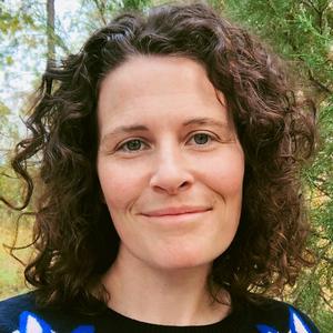 Kathleen Yale headshot