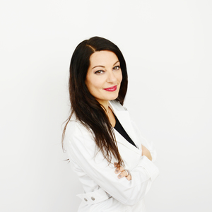 Adrienne L. Simone headshot
