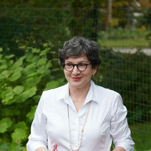 Frances Palmer headshot