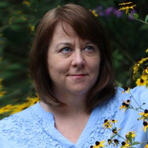 Mary Kay Carson headshot