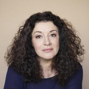 Janna Gur headshot