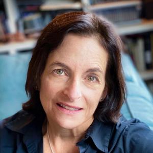 Katherine Seligman headshot