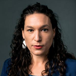 Anna Mehler Paperny headshot