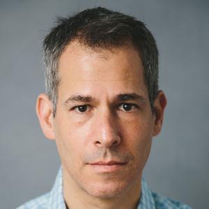 Adam Seifer headshot