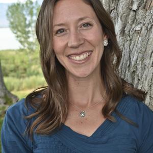 Heidi Poelman headshot