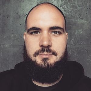 Patrick Gray headshot
