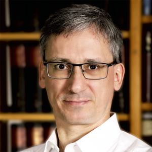 Olaf Fritsche headshot