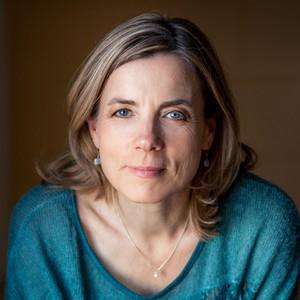 Christiane Wolf headshot