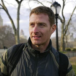 Andrew Roberts headshot