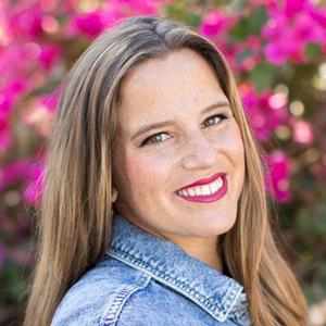 Photo of Phoebe Cornog