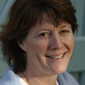 Jacqueline Knox headshot