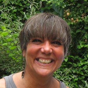 Kathryn Petras headshot