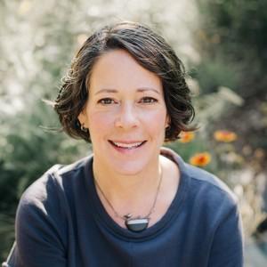 Eileen Garvin headshot