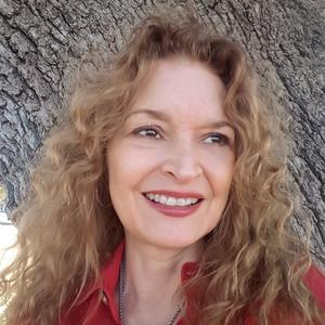 Stephanie L. Tourles headshot