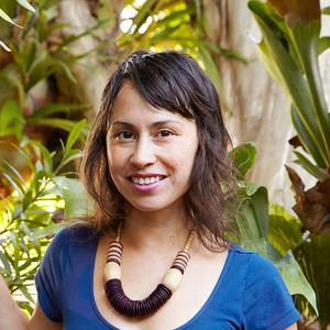 Zenaida Sengo headshot
