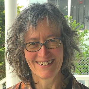 Julie Winterbottom headshot