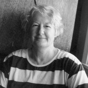 Joan Druett headshot