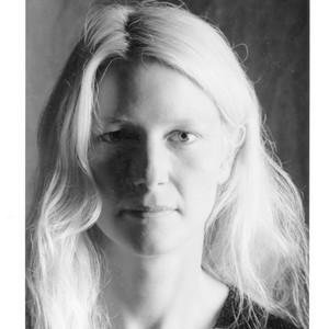 Nina Schuyler headshot