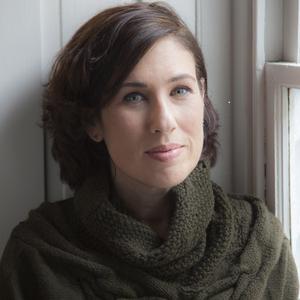 Lauren Grodstein headshot