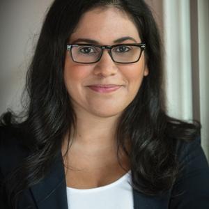 Sara Farizan headshot