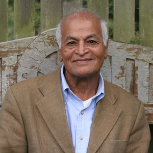 Satish Kumar headshot