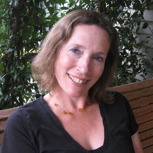 Sue Sanders headshot