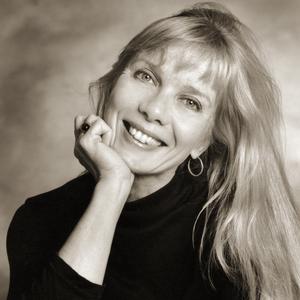 Rosanne Olson headshot
