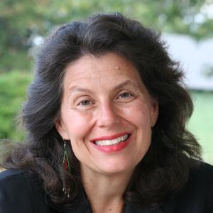 Lucie L. Snodgrass headshot