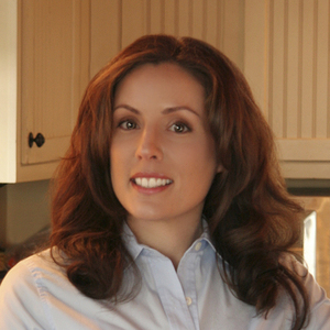 Photo of Tracey Medeiros