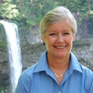Janice Marschner headshot