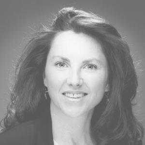Elizabeth MacCrellish headshot