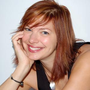 Suzanne Brown headshot
