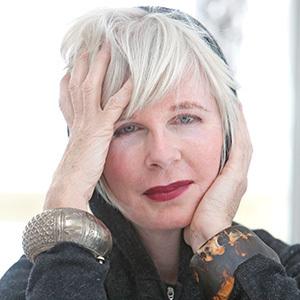 Linda O'Keeffe headshot