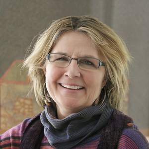 Gail Callahan headshot
