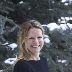Ilona Oppenheim headshot