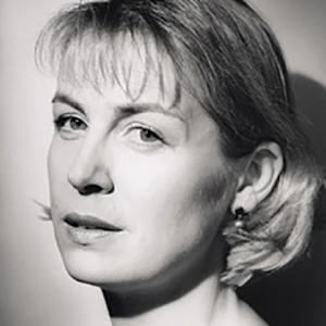 Christine Toomey headshot