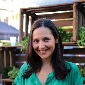 Rachel Meltzer Warren headshot